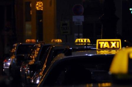taxi, standplaats, taxichauffeur