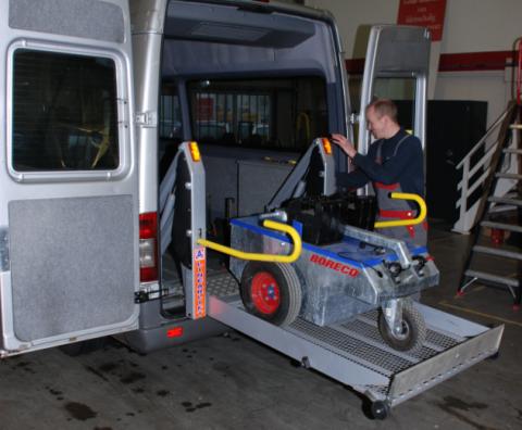 Tribus, LPK, keuring, monteur, rolstoelbus, lift, onderhoud