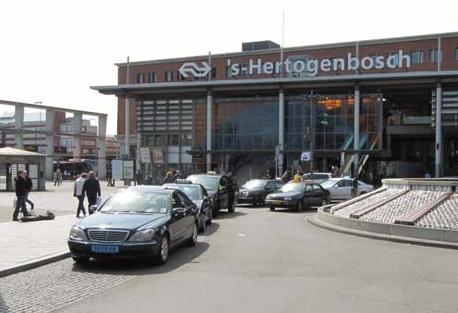 taxi, taxistandplaats, centraal station, den bosch