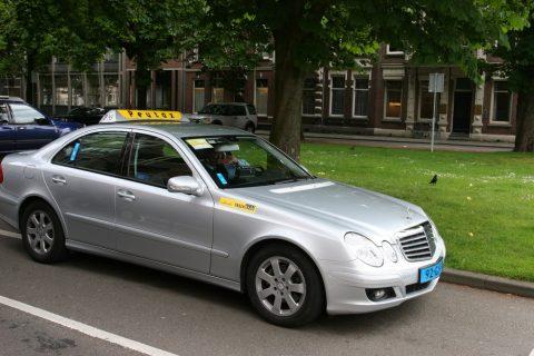 Peutax, Breda, taxi
