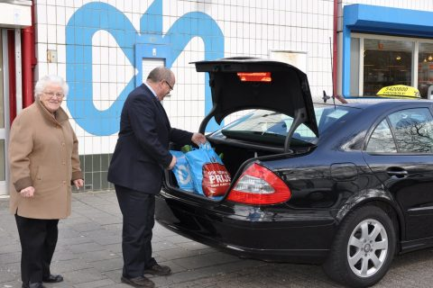 Stationtaxi, taxi, Albert Heijn, taxichauffeur