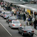 taxistandplaats, Schiphol, drukte, taxi, taxichauffeur