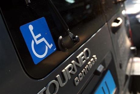 rolstoeltaxi, rolstoelbus, taxi