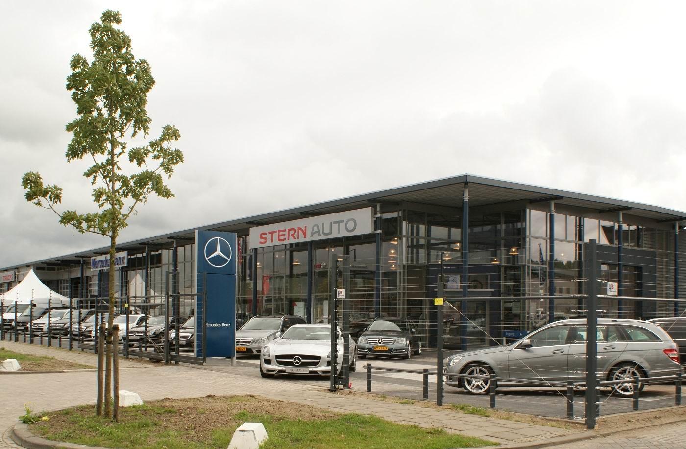 Stern auto huchstraat almere mercedes benz dealer for Mercedes benz garages