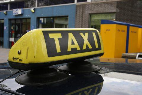 taxi, daklicht