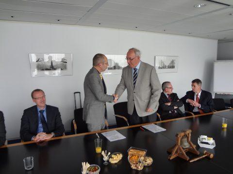 Jan Zaaijer, KNV Taxi, voorzitter, Belastingdienst, Wim van Es