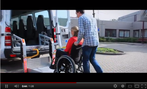 Tribus, instructievideo, rolstoelbus, taxichauffeur