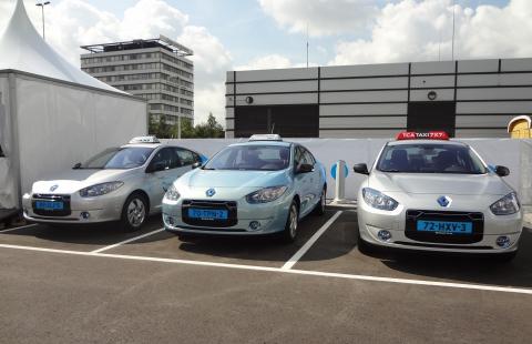 elektrische taxi, schiphol, TCA, Connexxion, Bios, Renault Fluence ZE