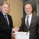 Martin van Rijn, Staatssecretaris, Paul Pietersen, Transvision, Valys, contract