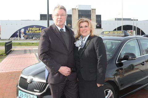 Ton van Dalfsen, Lizzy, Taxi, taxichauffeur, taxibedrijf, taxi-ondernemer, Aalsmeer, Studio's