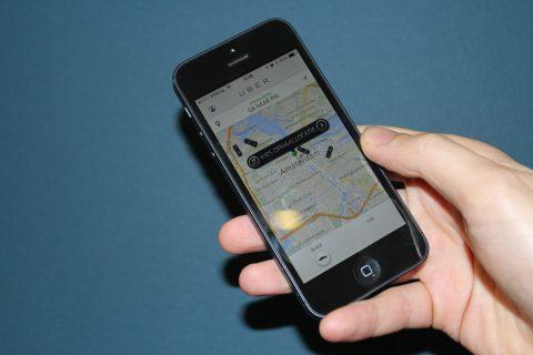 Uber, Taxi-Bestel-App, smartphone, app, taxichauffeur