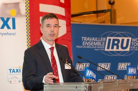 Hubert Andela, IRU, KNV Taxi