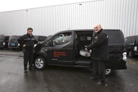 Connexxion, elektrische taxi, Amsterdam, Aanvullend Openbaar Vervoer, Nissan E-NV200 Evalia