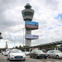 Schiphol, taxi, Tesla, luchthaven