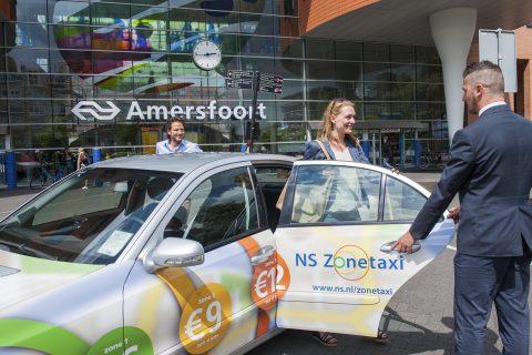 NS Zonetaxi, taxi, taxichauffeur, station