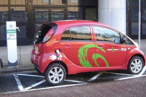 Actieradius Elektrische Auto Mogelijk Naar 1 000 Kilometer Taxipro