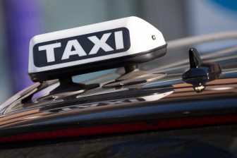 Daklicht taxi, foto: Harold Versteeg | Hollandse Hoogte