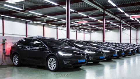 Bios, Tesla