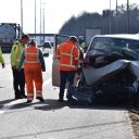 Ongeluk A73, taxibusje. Foto: GinoPress