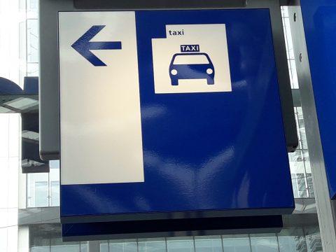 Taxibord station
