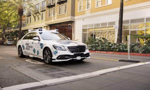 Mercedes S-Klasse, zelfrijdend. Afbeelding: Mercedes-Benz